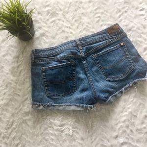 bullhead / distressed cut off denim shorts